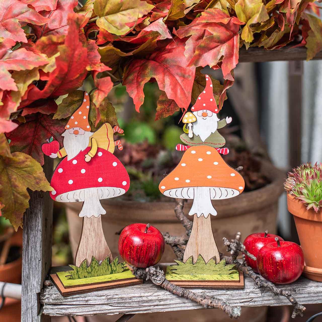 Amanite mouche pour l'automne, décoration bois, gnome sur champignon orange / rouge H21 / 19,5cm 4pcs