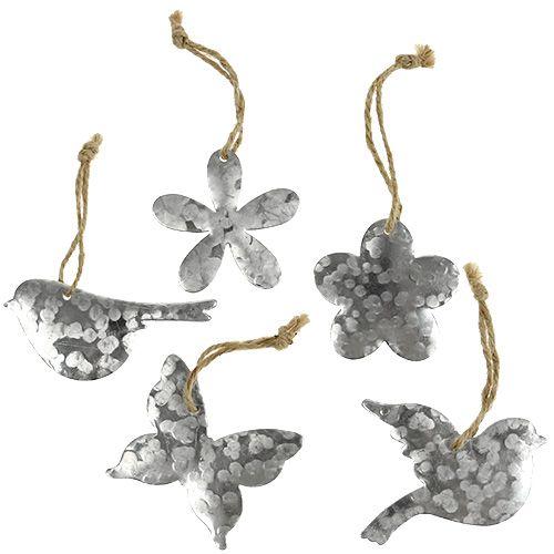Fleurs, oiseaux et papillons en métal 5,5 - 7,5 cm 15 p.